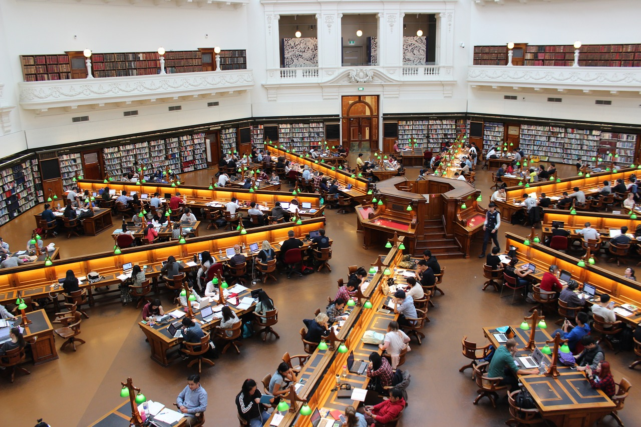 library-1400312_1280